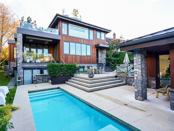 Sold (Bought): Daniel Sedin's home sells for $9.7M
