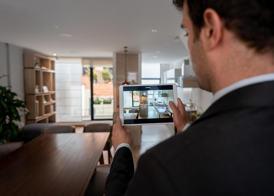 Real Estate Post-Pandemic Technological Trends That Are Here To Stay As Buyers Return To Cities