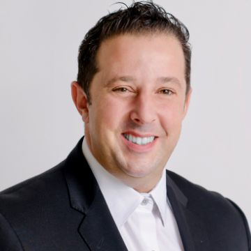Robert Almeida Personal Real Estate Corporation profile photo